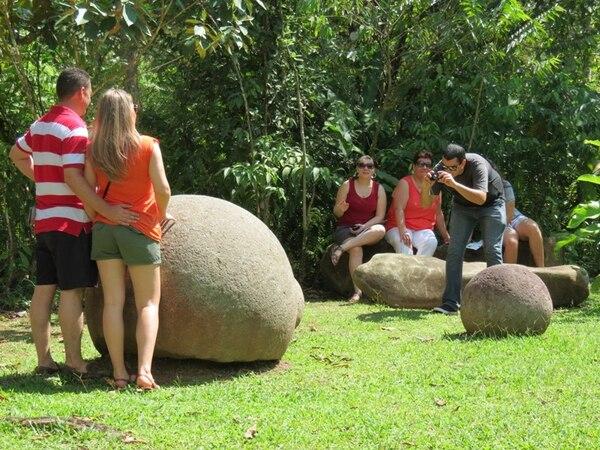 El museo en el sitio arqueológico Finca 6, Palmar Sur, recibió a un buen número de visitantes durante su primer día. | ALFONSO QUESADA PARA LN