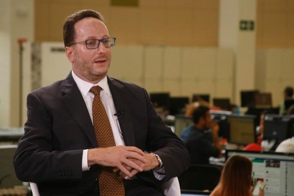 Eli Feinzaig afirmó que el país requiere de la reforma fiscal para recuperar la confianza de los mercados en el desempeño del Gobierno. Foto: Wilbert Hernández.