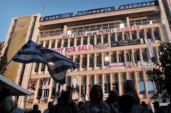 El partido de izquierda Dimar se separó de la coalición tras el conflicto del gobierno con la televisión pública.