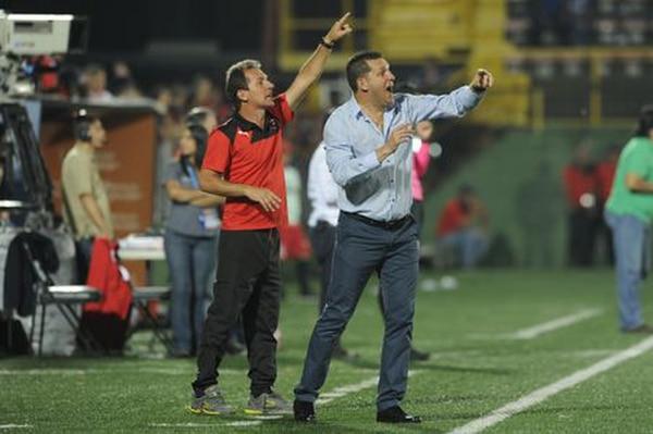 Wílmer López le agradece públicamente a Javier Delgado el haber confiado en él para hacerlo partícipe por primera vez de un cuerpo técnico.