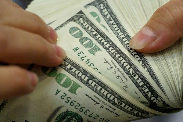 El precio del dólar se mantuvo bastante estable en julio a pesar de las compras de dólares que realizó el Banco Central.