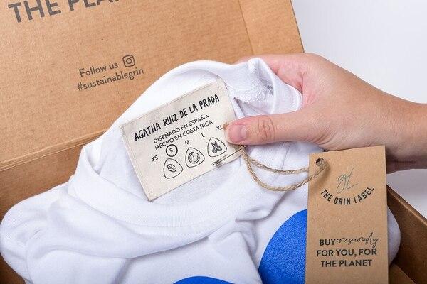 La primera etapa de The Grin Label cuenta con la participación de 16 diseñadores que confeccionaron 16 prendas que tienen una etiqueta que los identifica como un producto sostenible. Cortesía The Grin Label.