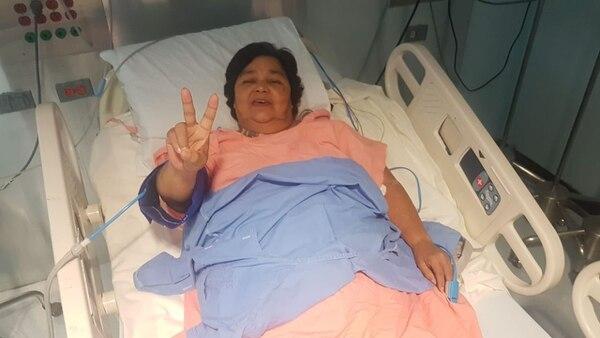 Blanca Vega Brenes hace mes y medio, en un internamiento que tuvo en el Hospital México por una diarrea. Foto: Cortesía Dr. Alvarado Arce
