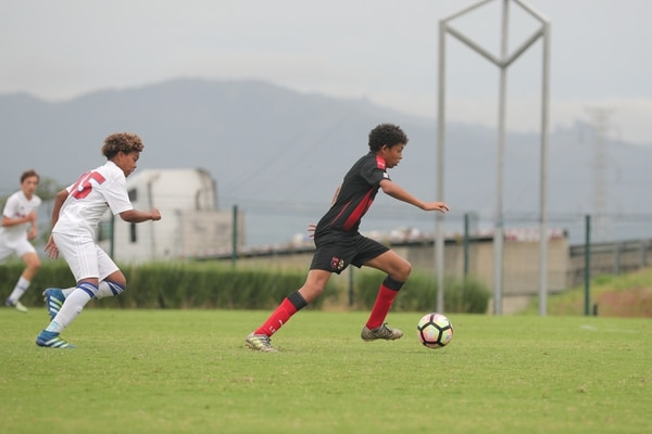 En el amistoso del sábado pasado, Juan Pablo Ledezma marcó tres goles. Fotografía: Jeffrey Zamora