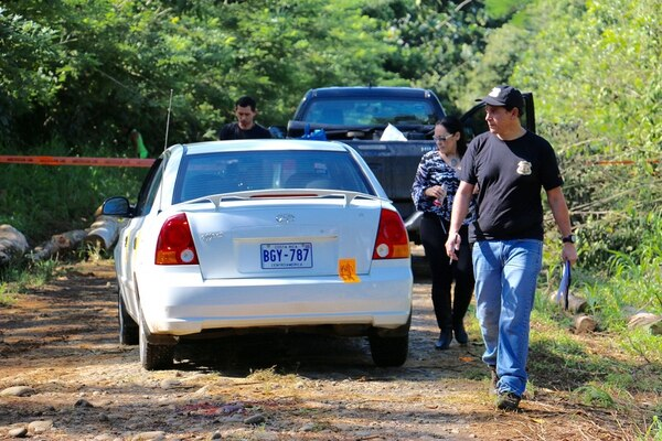 El sujeto asesinado tenía siete años de ser porteador en Puerto Viejo de Sarapiquí.El cuerpo fue hallado por un peón bananero.