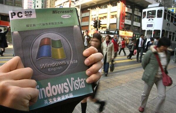 Venta de una copia pirata de Windows Vista, en China. Este país permanece en la lista negra de Estados Unidos.