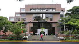 Prescripción de deudas encubriría donaciones ilegales a partidos políticos, señala TSE