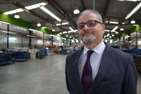 Mauricio Rojas Cartín, actual gerente general de Correos de Costa Rica, asumirá este 6 de enero como gerente de Telecomunicaciones del ICE / Correos de Costa Rica para LN.