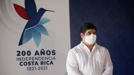 Presidente decidirá futuro de investigación por compra de mascarillas en CCSS