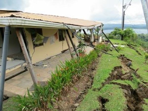 El terremoto de Nicoya afectó más de 650 casas, un grupo importante de los daños se concentró en cantones alejados del epicentro. Foto de archivo.