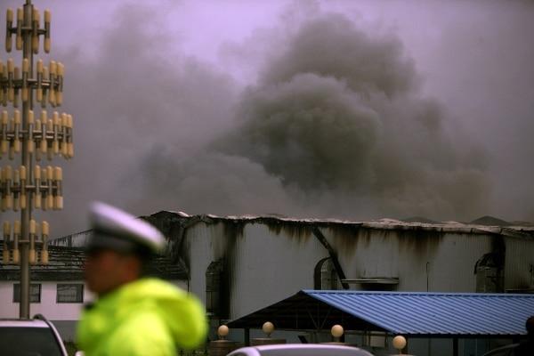 Los socorristas encontraron cadáveres en cobertizos y los esfuerzos de rescate continúan. | AFP.