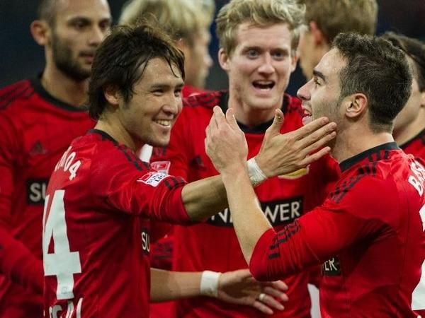 Jugadores del Leverkusen celebran el gol de Daniel Carvajal. | AFP.