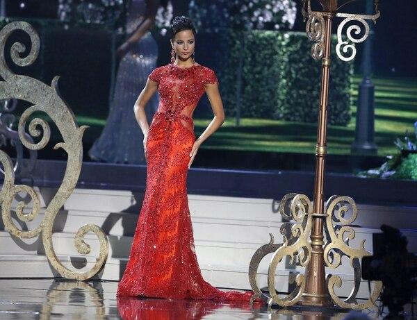 El público en Miami expresó, el domingo, su disgusto cuando alejaron a la jamaiquina de la corona de Miss Universo. EFE