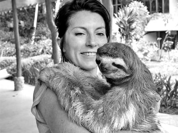 Lucy Cooke también escribe libros infantiles y es una galardonada productora de televisión. Creó el movimiento Sloth Ville para ayudar a la protección de los perezosos. | CORTESÍA DE SLOTHVILLE