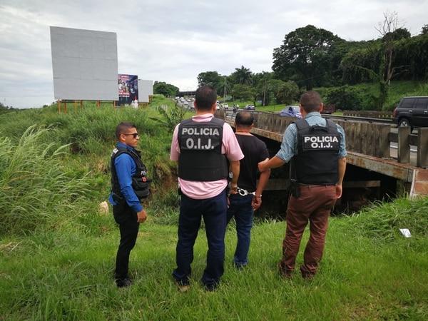 La detención tuvo lugar alrededor de las 9:10 a. m. cerca del puente sobre el río Torres, en la autopista General Cañas, 500 metros este del Monumento al Agua, en La Uruca. Foto: OIJ