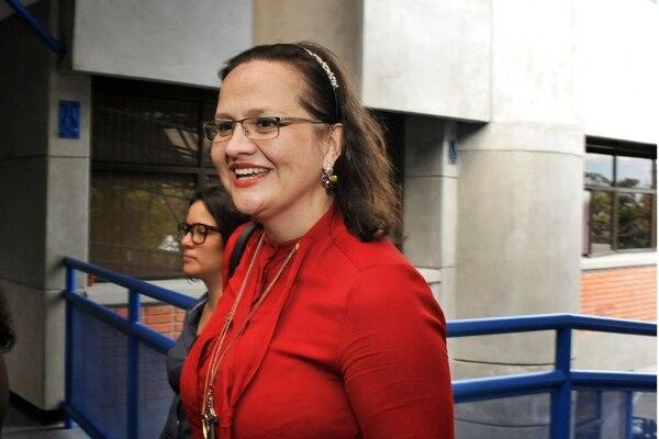 Sofía Bogantes, jefa de Cardiología el Hospital México, fue la primera en ser llamada a comparecer ante los legisladores, luego que denunciara anomalías en ese servicio y la muerte de pacientes. | ARCHIVO/ADRIÁN SOTO