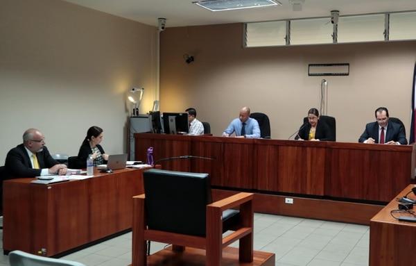 El pasado 9 de setiembre del Tribunal de Juicio de Goicoechea sentenció a María Marta Silva a cuatro años de prisión. en ese momento la imputado pidió no tomar su imagen. Foto Alonso Tenorio