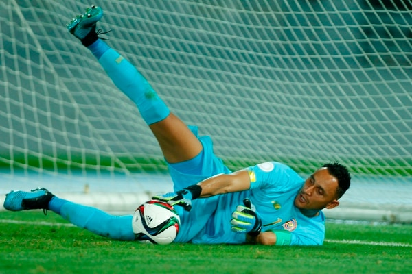 This handout picture released by CONCACAF shows Costa Rica's goalkeeper Keylor Navas during the Concacaf Nations League C tournament match between Costa Rica and Haiti in Nassau, Bahamas on October 10, 2019. (Photo by Andrew Innerarity / CONCACAF / AFP) / RESTRICTED TO EDITORIAL USE - MANDATORY CREDIT