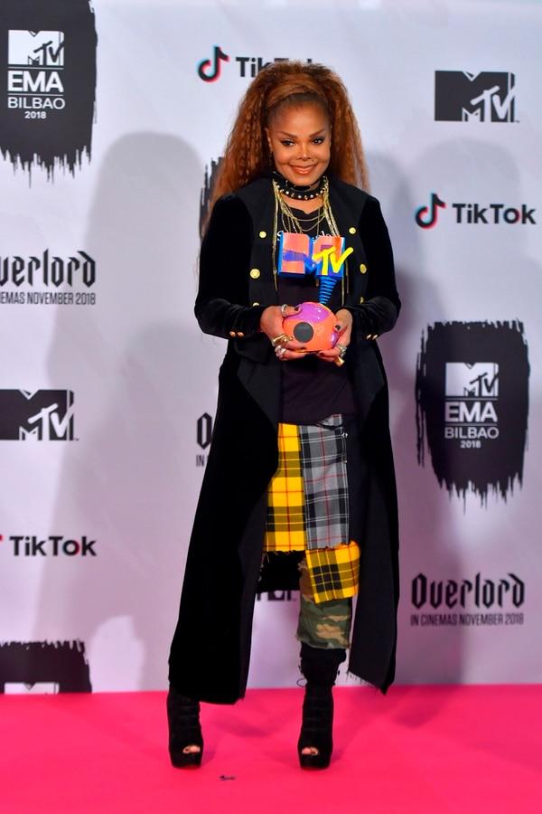 """La cantante estadounidense Janet Jackson, con cuatro décadas sobre los escenarios, fue reconocida con el galardón de """"ícono mundial"""". Fotografía: AFP"""