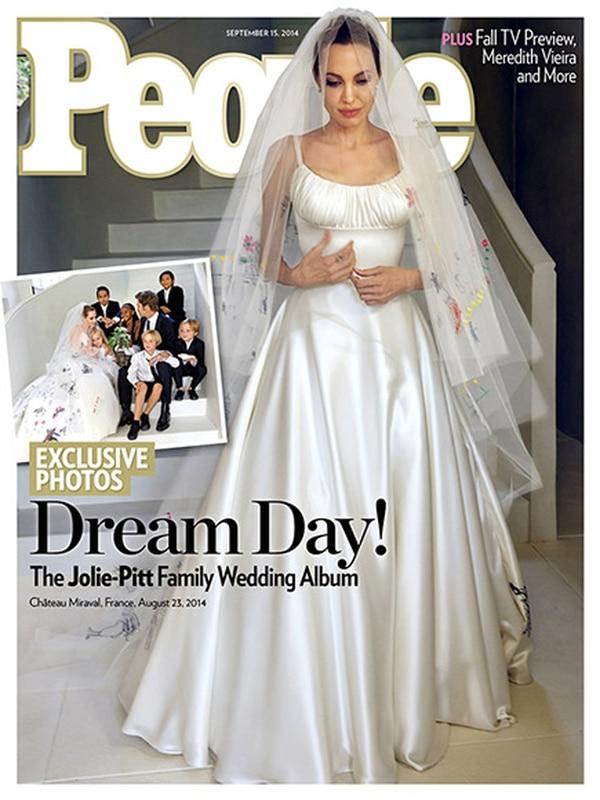 Hermosa. La portada de People incluye fotografías exclusivas de la esperada ceremonia. www.people.com