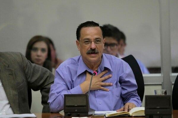 Albino Vargas, Secretario General de la Asociación Nacional de Empleados Públicos, exigió que cualquier discusión sobre empleo público debe salir de la Asamblea Legislativa