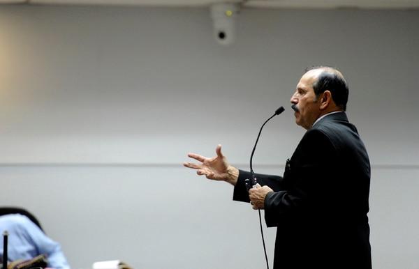 Leonel Villalobos resaltó que no se decomisó droga. | ALONSO TENORIO