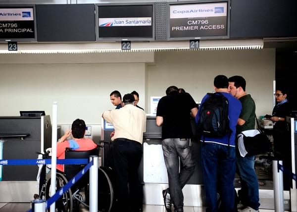 Lo relativo a demoras en los horarios de vuelos quedó prácticamente solucionado el lunes pasado. Ese día la situación con las salidas de Copa era casi normal en el aeropuerto Juan Santamaría. | MEYLIN AGUILERA