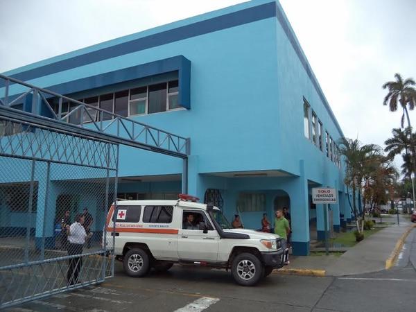 Los heridos fueron trasladados al Hospital Tony Facio. La Policía despliega un amplio operativo para tratar de capturar a los homicidas.