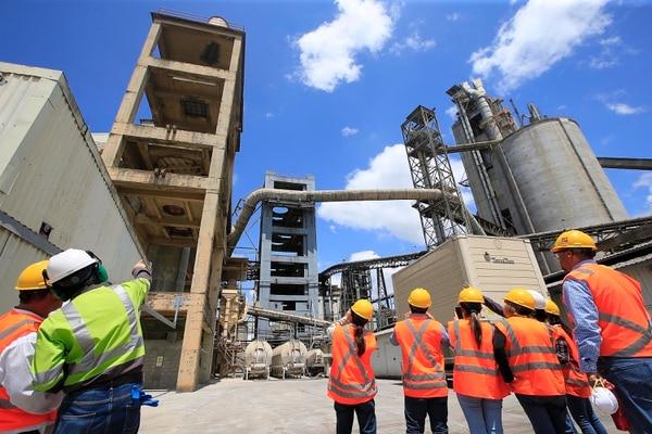 Fábrica de cemento de Holcim en Aguacaliente de Cartago (imagen ilustrativa). Foto: Rafael Pacheco