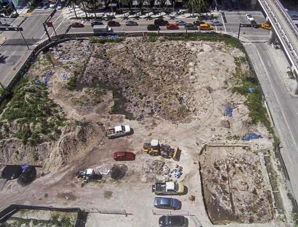Los restos arquelógicos ocupan gran parte de un terreno en donde se planea construir un complejo de entretenimiento