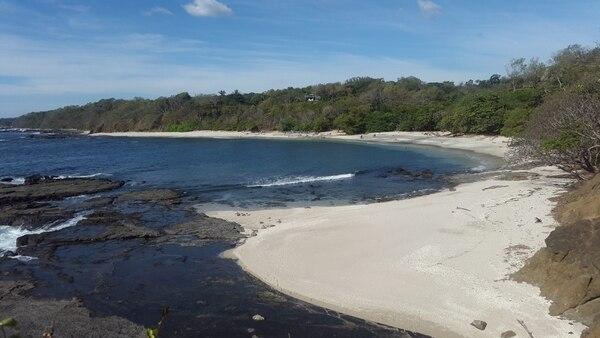 Pleito está justo a la par de San Juanillo, en Guanacaste. Se puede practicar snorkeling.