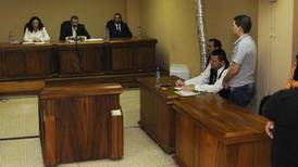 Tribunal baja pena a primo de Yerelin al absolverlo por abuso