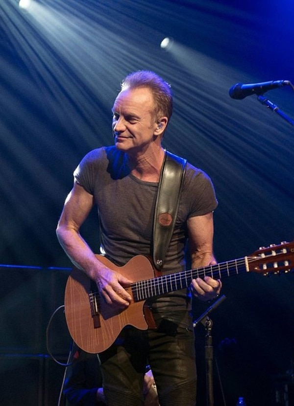 Sting tiene 65 años En la actualidad, realiza una gira internacional para promover su más reciente álbum de estudio. El fin de semana cantó y tocó en Brasil. Fotografía: AFP.