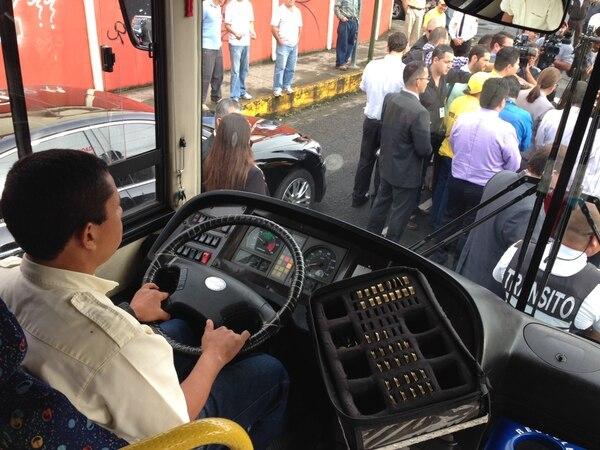 El servicio de buses interlínea se inauguró hoy jueves en Desamparados.