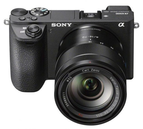 La α6500 es la última cámara Sony de objetivos intercambiables que ofrece grabación de video 4K interna.