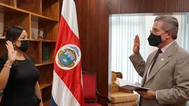 Corte juramenta a Sara Arce como fiscala subrogante