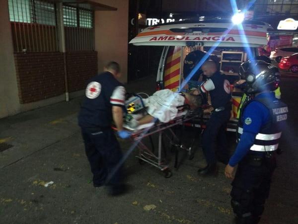 El herido tuvo un paro cardiorrespiratorio antes de arribar al hospital; minutos después murió.