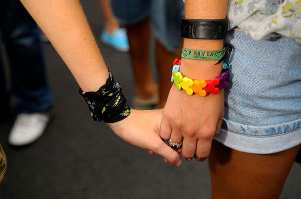 Un sector gay lucha por el matrimonio igualitario. | LUIS NAVARRO.