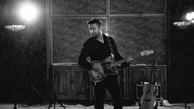 Alex Campos trae a Costa Rica su música de mensaje positivo