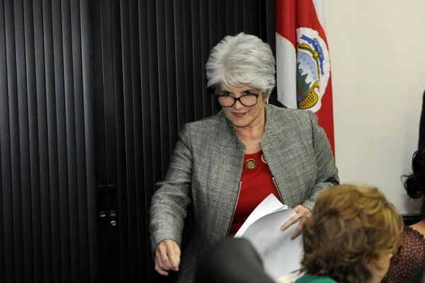 La ministra de Hacienda, Rocío Aguilar, en su comparecencia el martes pasado en la Asamblea Legislativa. Fotografía: Rafael Murillo