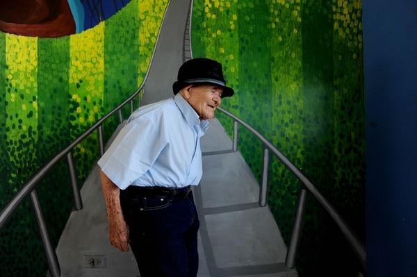 Muy fuerte y con buena salud, así encontramos a Chepito días antes de cumplir 119 años. Foto: Melissa Fernández.