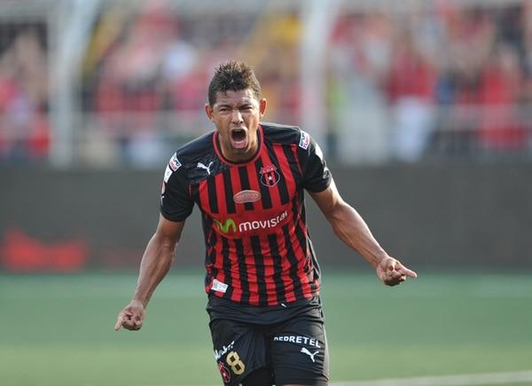Armando Alonso abrió el marcador para la Liga, al minuto 12.   ARCHIVO