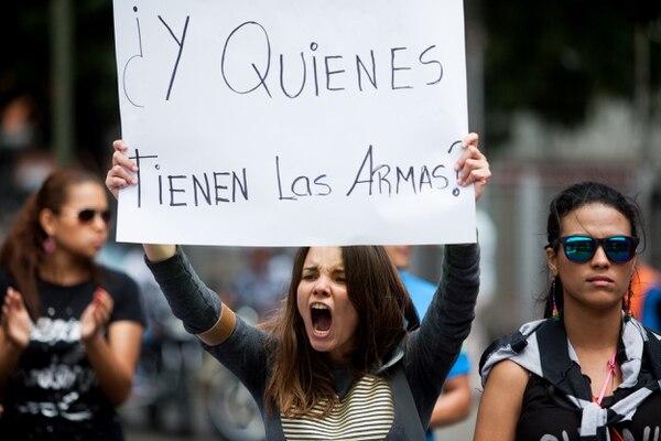 Protestas estudiantiles convocaron a cientos en la ciudad de Caracas.