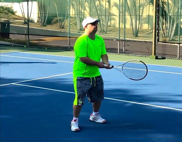 Ariel Ary comenzó a jugar tenis desde niño. Aseguró que es el deporte que más le gusta; sin embargo, también hace natación y va al gimnasio. Foto: Cortesía Ariel Ary