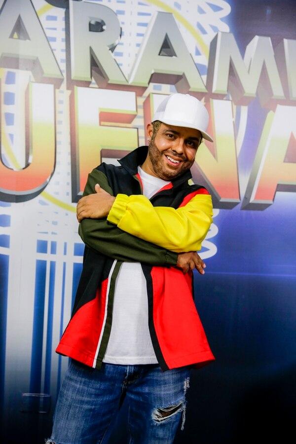 El actor Magdiel Ramírez, quien esta semana interpretó a Nicky Jam con la canción 'X', agradeció el apoyo de su familia. Fotografía: Alejandro Gamboa Madrigal.