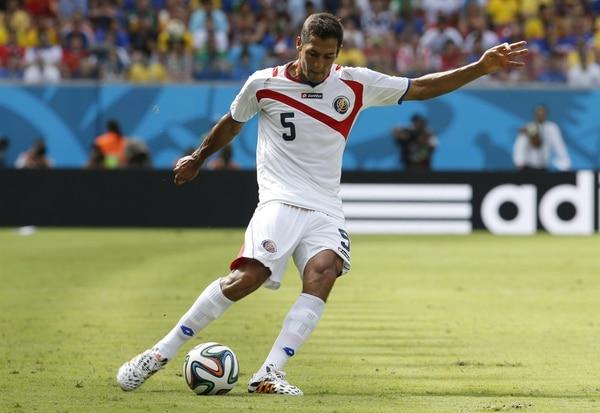 Celso Borges en el encuentro de la Selección Nacional ante Italia.