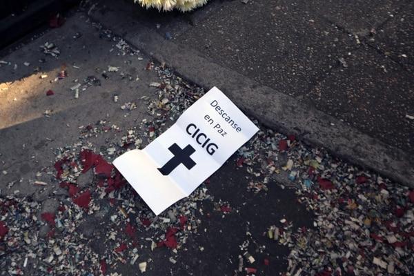 Un cartel utilizado en una concentración contra la Cicig, el 8 de enero del 2019, en la capital. Foto: AFP