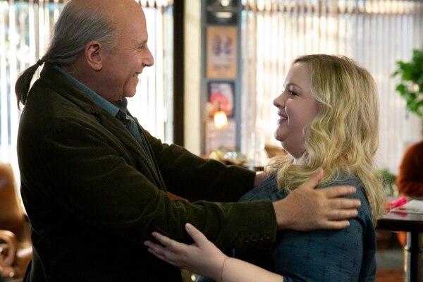 El actor Paul Reiser interpretará en la serie al novio de la hija (papel de Sarah Baker) de Michael Douglas en la trama. Fotografía: Netflix para La Nación.