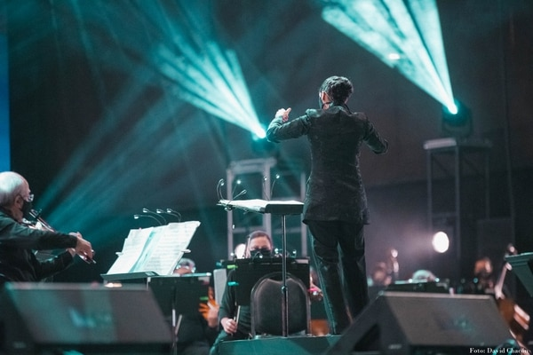 La Orquesta Sinfónica Nacional fue dirigida por la maestra Gabriela Mora. Foto: David Chacón/Cortesía.