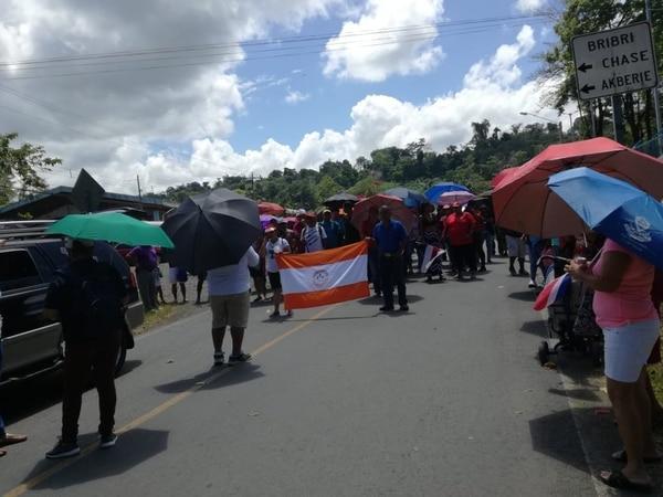 Manifestas bloquearon la vía a Talamanca